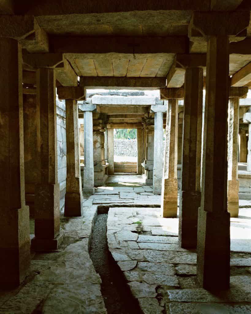 inside-underground-shiva-temple-Hampi-travel
