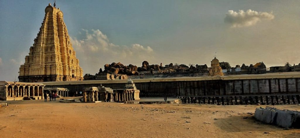 virupaksha-temple-hampi-ourbackpacktales