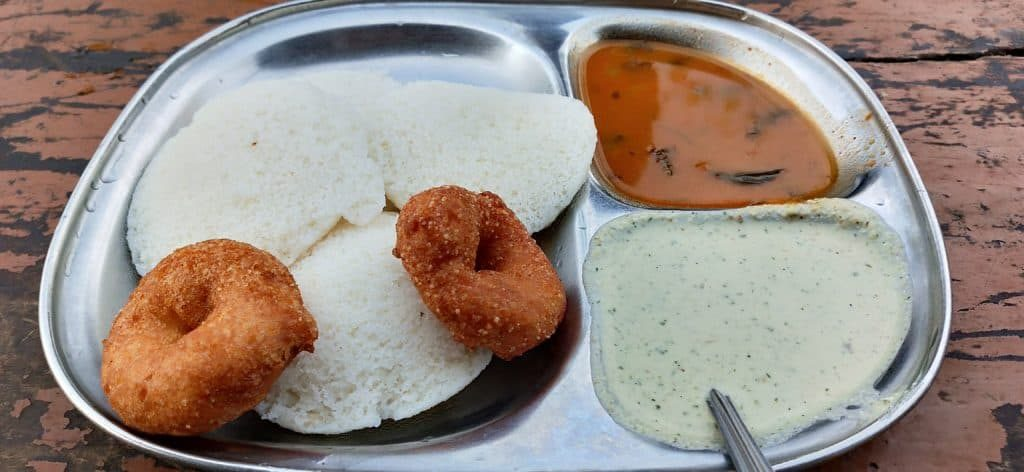 Breakfast-at-hampi-bazaar-ourbackpacktales