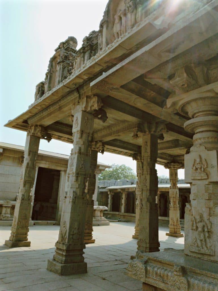 Hazararama-temple-hampi-travel-blog