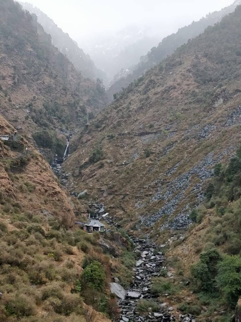 Way towards Bhagsu Falls
