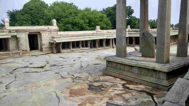 Inside Lepakshi Temple