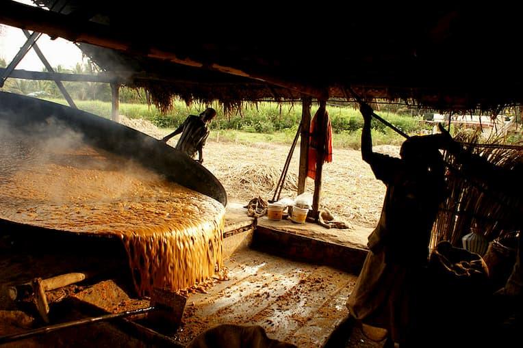 Marayoor jaggery preparation