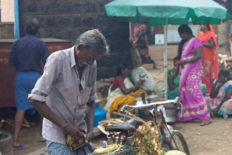 Tender Coconut vendor at Hogenakkal falls