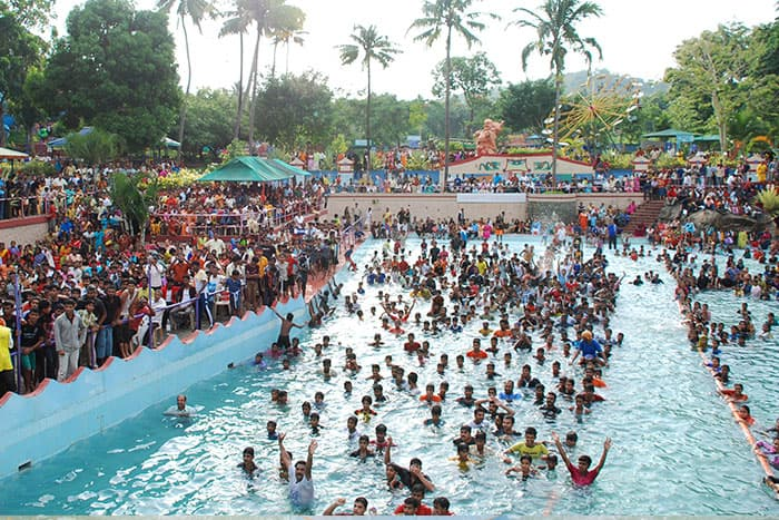 Silver storm water theme park near Athirapally falls