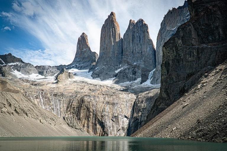 Mirador las Torres hiking trail in Patagonia