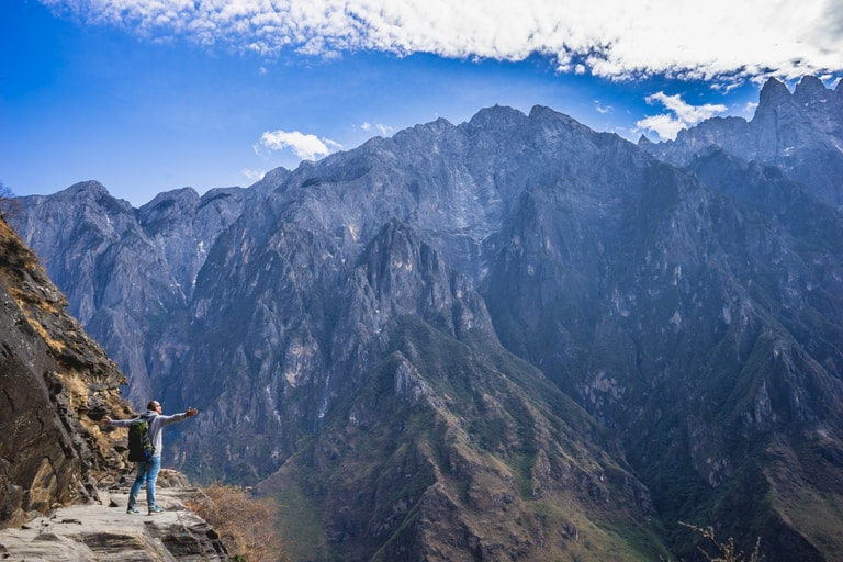 Tiger Leaping Gorge hiking trails in China