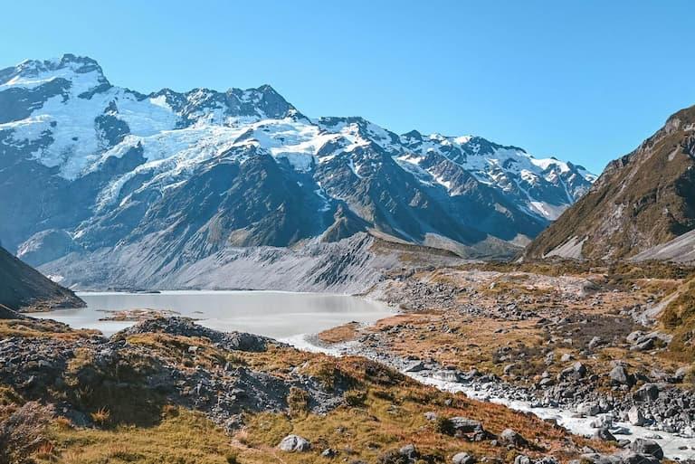 Hooker Valley Track, Aoraki/Mount Cook National Park in New Zealand